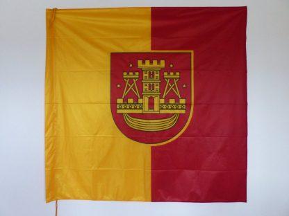 Klaipėdos miesto vėliava, ant koto
