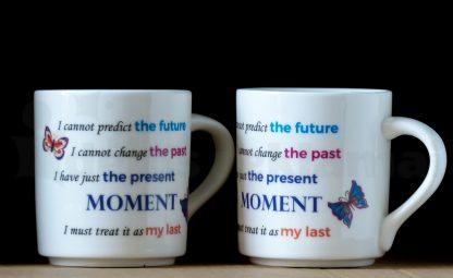 puodeliai su užrašais, užrašų uždėjimas ant porcelianinių puodukų